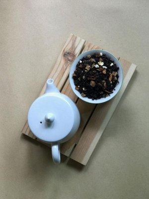 чай ТОФФИ Черный чай со вкусом печеного яблока с карамельно-шоколадными нотками. Имеет сладкое послевкусие, которое дают кусочки ананаса и папайи