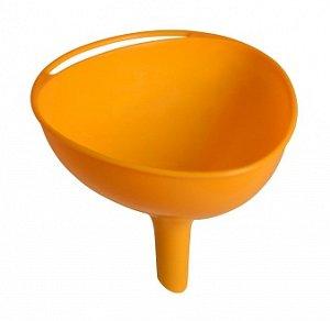 Воронка Воронка [УЛЬТИМО]. Воронка из пластика – универсальная вещь, которую используют для переливания жидкостей, даже сыпучих предметов. Качественный материал полностью безопасен. Ухаживать за издел