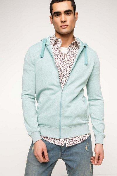 Defacto - пришли мужские футболки! — Свитеры, джемперы, свитшоты, куртки. — Одежда