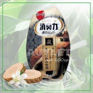 """""""ST"""" """"Shoushuuriki"""" Жидкий дезодорант – ароматизатор для комнат c ароматом древесного угля и сандалового дерева, 400 мл"""