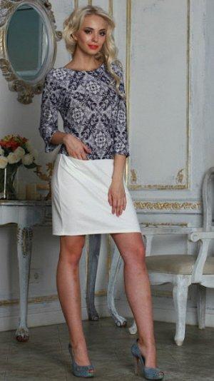 Платье 30%ш20%виск50%пэ Комбинированное платье прямого силуэта с заниженной линией талии и двумя внутренними карманами. Рукав втачной, 3/4, с притачным манжетом.Верх платья выполнен из легкого струяще