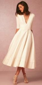 Длинное платье с V-образным вырезом цвет: БЕЛЫЙ