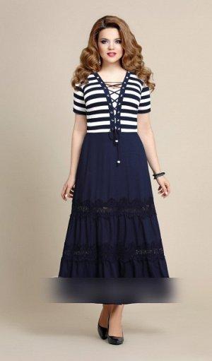 Платье Рост: 164 см. Платье выполнено из двух видов тканей-трикотажной эластичной вискозы в полоску и вискона синего цвета, в качестве отделки -кружево. Лиф платья выполнен из вискозы в полоску, что д