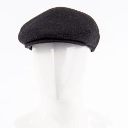 Теплая кепка (драп) черного цвета