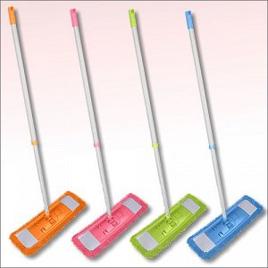 Швабра Корпус из пластмассы, ручка из стали с полимерным покрытием. В комплекте с тряпкой из микрофибры (80% полиэстер, 20% полиамид).
