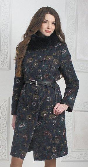 Пальто утепленное продам или поменяю на размер больше. Реальные фото внутри.