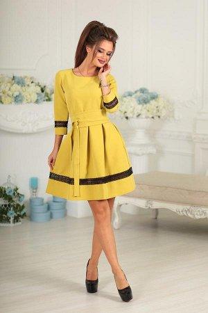 Красивое платье с пышной юбочкой