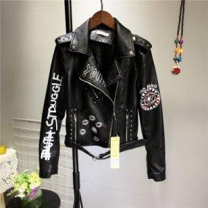 Куртка-косуха с принтом и заклепками Цвет: ЧЕРНЫЙ