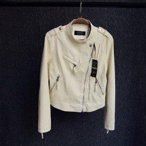 Куртка-косуха Цвет: БЕЖЕВЫЙ