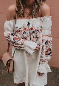 Платье прямого кроя с открытыми плечами Цвет: БЕЛЫЙ
