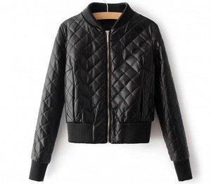 Кожаная куртка черная с 2 белыми полосками на рукаве