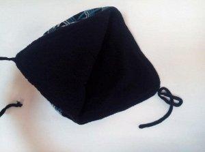 Шапка для мальчиков в клетку на флисовой подкладке