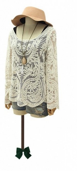 Кружевная блузка с длинным рукавом