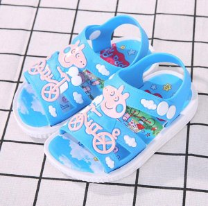 Пляжные сандалики.