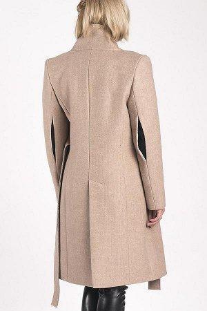 ПАЛЬТО Стильное дизайнерское пальто в стиле «нео-классика».Двубортное,на пришивном поясе,женственный силуэт, х разрезы на рукавах,шлица,усиленные надплечники. Пальтовая ткань-шерсть бежевого цвета, бе