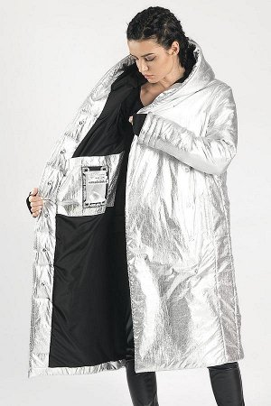 ПАЛЬТО Универсальный силуэт ниже колена,два боковых и два внутренних кармана на магнитах,застежка-кнопки,уникальный дизайн рукавов с отверстием для пальца.Пальто эффективно защищает от холодов до -25