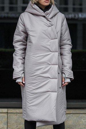 ПАЛЬТО Дизайнерское стильное зимнее пальто с капюшоном.Универсальный силуэт ниже колена.Два боковых и два внутренних кармана на магнитах,застежка-кнопки,уникальный дизайн рукавов с манжетами и отверст