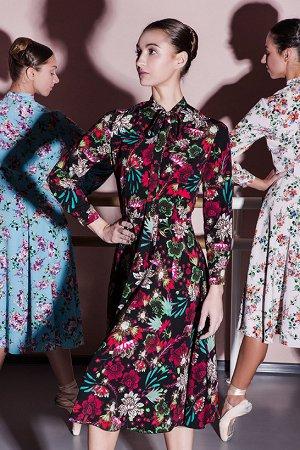 Красивое платье размер 48-50