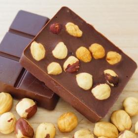 """Шоколад молочный """"жареный фундук и ваниль"""""""