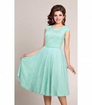 Очень нарядное, праздничное платье