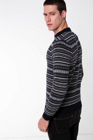 Свитер Akrilik 30% Poliester 50% wool 20%
