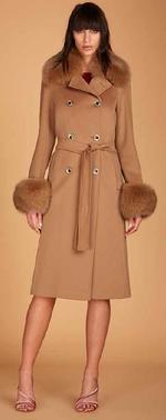 ПОЧТИ ДАРОМ!!!Продам шикарное ЧЕРНОЕ пальто известной итальянской фирмы