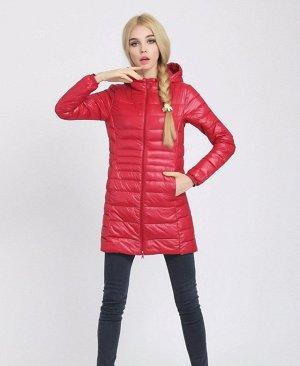 Женская удлиненная ультралегкая куртка  С КАПЮШОНОМ, цвет красный