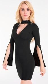 Платье с глубоким V вырезом на груди и длинными рукавами с разрезами Цвет: ЧЕРНЫЙ