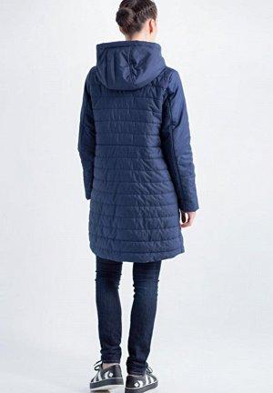 Пальто синий 42-46, Ткань верхаПолиэстер Длина88 см УтеплительСинтепон   Легкое весеннее пальто из стеганной плащевой ткани с тонким утеплителем . Центральная застежка на молнии. По переду изделия рас