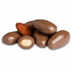 Миндаль в шоколаде 0,25 кг