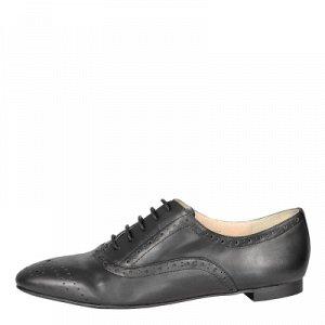 Черные туфли на шнуровке
