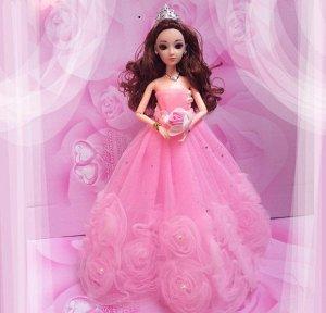 Платье светло-розовое с розами