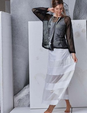 блуза -ИТАЛИЯ-ELISA  CAVALETTI- 48 размер ЕСТЬ ФОТО