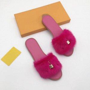 Шикарные тапочки с натуральным мехом норки. Яркие! Louis Vuitton