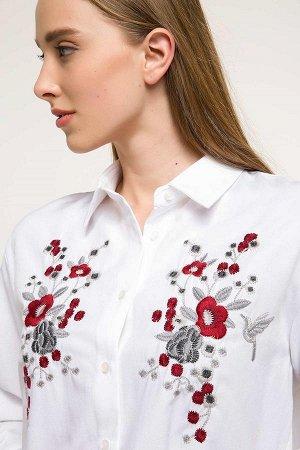 Рубашка белая с вышивкой