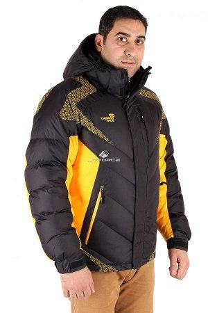 Мужская зимняя спортивная куртка черного цвета