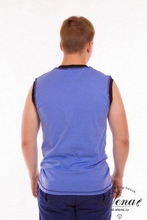 Безрукавка Безрукавка мужская выполнена из хлопковой однотонной ткани. Горловина и проймы отделаны планкой контрастного цвета. В качестве отделки отстрочка по горловине, проймам и низу изделия. Сперед