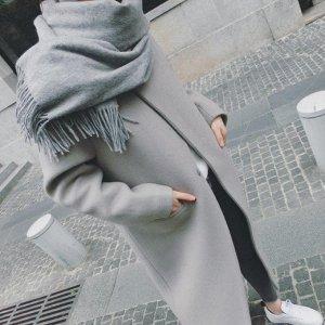 Пальто Плечи 44 см, рукав 56 см, грудь 118 см, длина 99 см