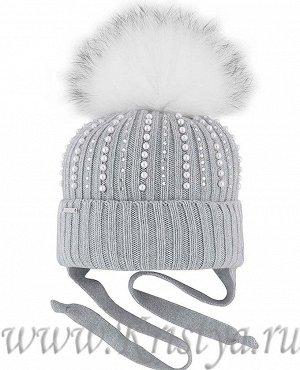 Очень красивая молочного цвета шапка 46-48 размер