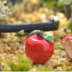 Яблоко Размер 1.8 см.