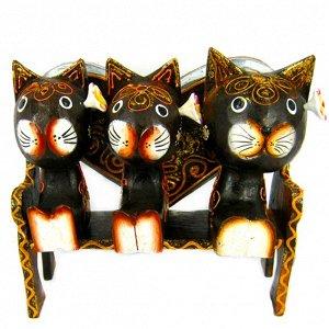 Кошки на скамейке статуэтка, дерево 18х19см