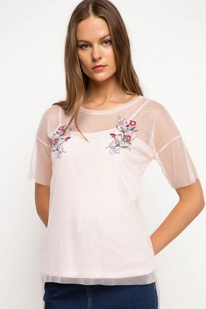 футболка шифон розовая с вышивкой