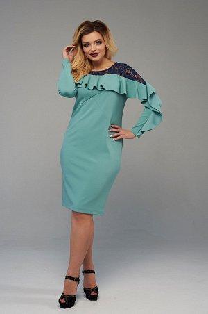 Платье Платье прилегающего силуэта для особенных торжественных случаев. Втачной рукав, горловина лодочка, длина - до середины колена. Платье выполнено в мягком и пластичном трикотаже мятного цвета. Ша
