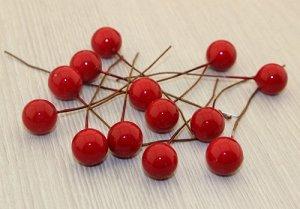Ягода красная на проволке, 10-11мм, упаковка 100шт. В наличии