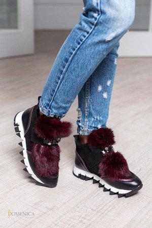 Очень красивые зимние кроссовки!