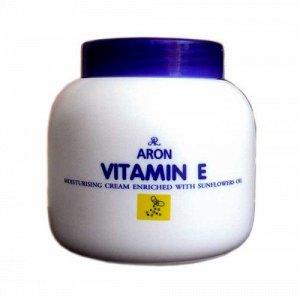 Крем для тела увлажняющий с витамином Е и маслом подсолнуха ARON