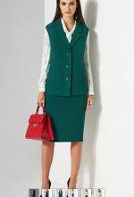 Костюм женский двухпредметный, жакет и юбка.