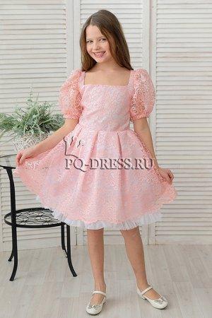 Платье Нарядное платье из атласа и кружева. Подклад верха - атлас, подклад юбки - хлопок. Юбка пышная, многослойная. Сзади платье застегивается на молнию по спинке и завязывается на поясок.  ***  Заме