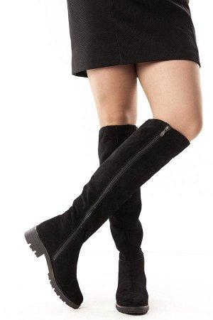 Ботфорты Тип: Ботфорты на худую ногу Материал верха: натуральный велюр Подошва - ТЭП  Байка Объем голенища 35,5 см в 36/37 размере, 36,5 см в 38/39 размере, 37,5 в 40/41 размере. Объем голенища указан