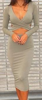 Обтягивающее платье с глубоким декольте и открытым животом длинный рукав цвет: СЕРЫЙ
